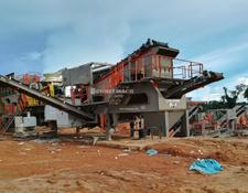 Constmach MOBILE CRUSHING AND SCREENING PLANT FOR HARD STONES